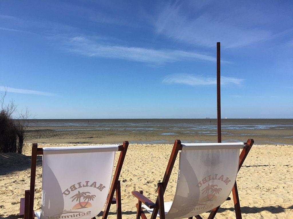 Schirmbar Cuxhaven - auch bei Niedrigwasser gemütlich